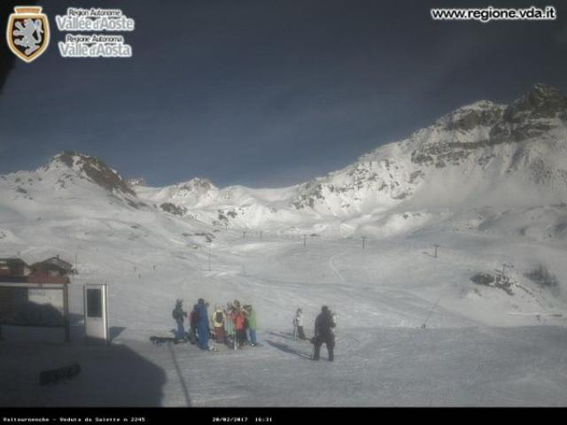 WebCam showing current Snow conditions in Valtournenche